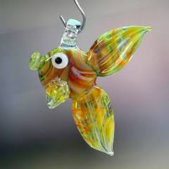 Reefer Fish Pendant 04